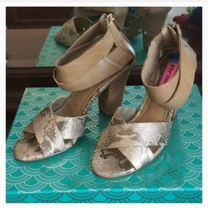 Betsey Johnson snake effect heeled sandals 6.5
